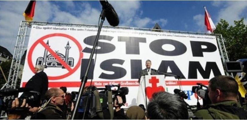 Dün Barbar Türkler Bugün İslamofobi